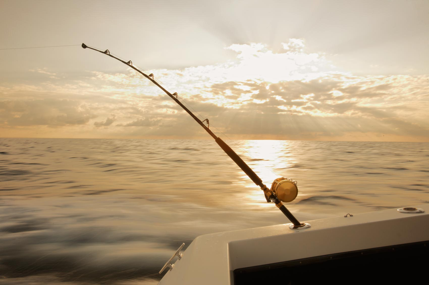 00-Fishing_Reel_Troll_Sunrise