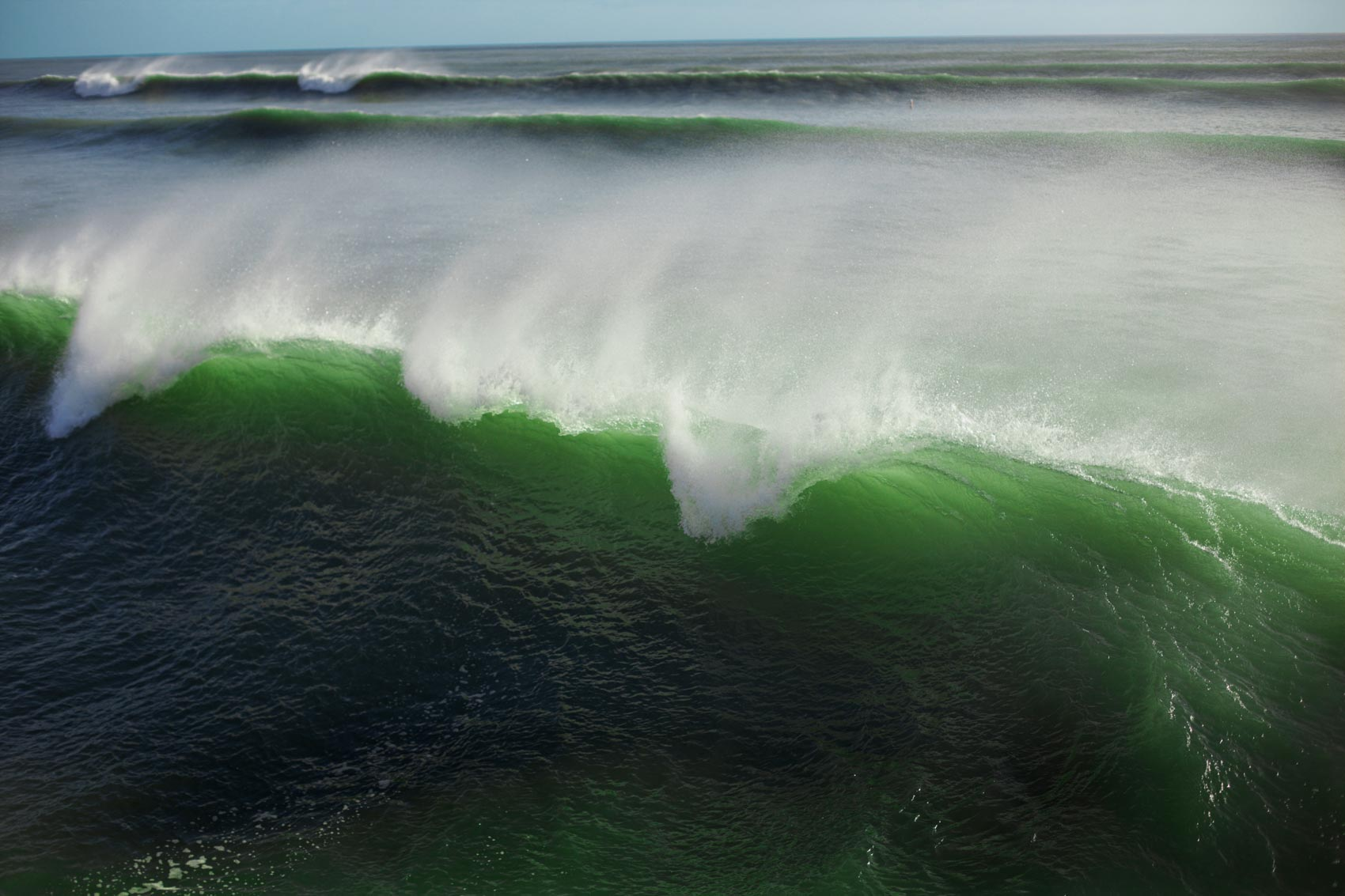 05-green_wave